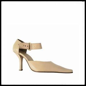 ⭐SALE⭐ Nine West Leather Heels